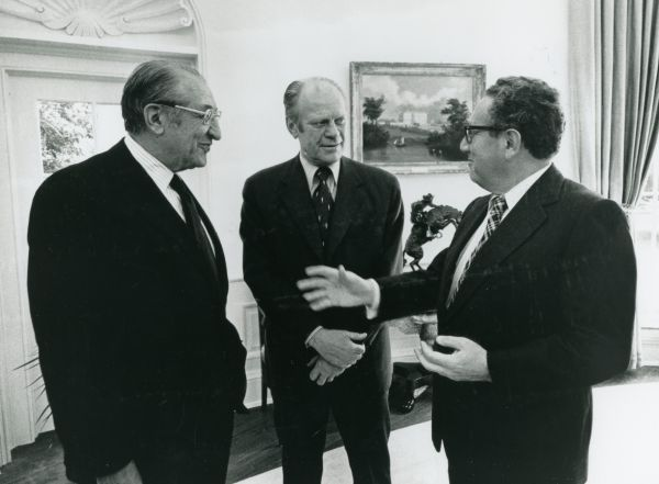 Max M. Fisher with President Gerald Ford and Secretary of State Henry Kissinger in the Oval Office in 1975.